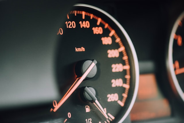 Besteed het importeren van je auto gemakkelijk uit